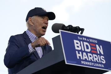 Biden semble oublier le prénom de Trump, qui se moque de lui)