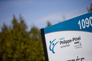 Institut Philippe-Pinel De meilleures conditions réclamées pour les employés «à bout de souffle»)