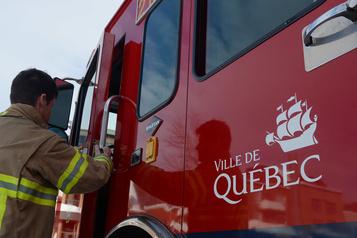 Trois blessés dans l'effondrement d'une structure en construction sur l'autoroute Henri-IV