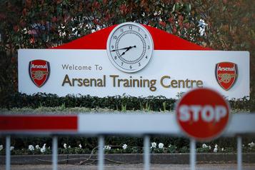 Foot: la Premier League va voter sur les entraînements avec contacts)