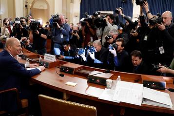 L'ambassadeur Sondland dit avoir «suivi les ordres» de Trump