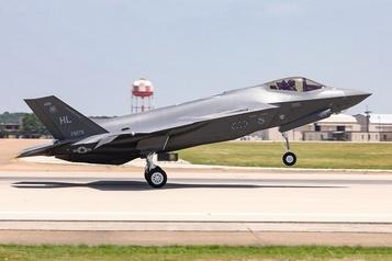 Lockheed Martin, aidé par les ventes du F-35, relève ses prévisions)