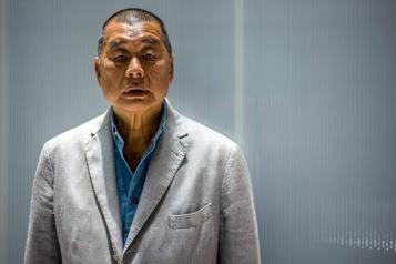 Hong Kong Le magnat prodémocratie Jimmy Lai inculpé pour fraude)