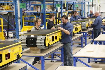 Électrification des transports Une usine de batteries au lithium-ion d'ici trois ans au Québec)