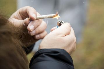 Marijuana: le vapotage sème l'inquiétude