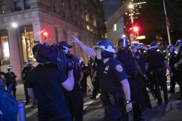 Manifestations aux États-Unis: les journalistes ciblés comme jamais)