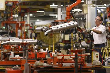 Hausse record des ventes des fabricants en juin)