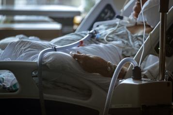 Hôpital Charles-LeMoyne Privés d'air pendant près d'une minute)