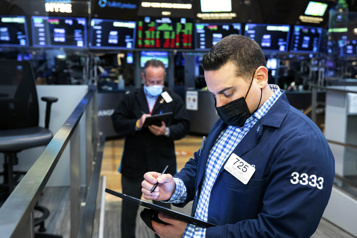 Bourse de New York Le S&P 500 bat un nouveau record)