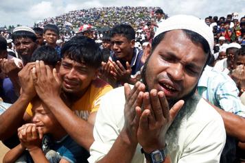 Bangladesh: 200000 Rohingya commémorent leurs deux ans d'exil