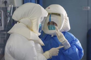 Coronavirus: près de 1900 morts, mais l'OMS se veut rassurante