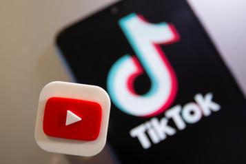 Russie Contesté en ligne, le pouvoir a TikTok et YouTube dans sa ligne de mire)