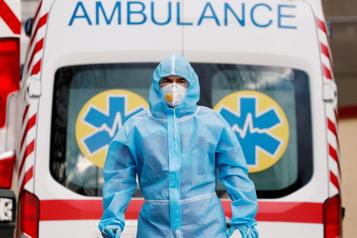 COVID-19 La gestion de la pandémie mise en cause, 250000 décès en Inde)
