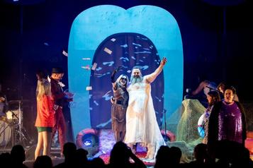 L'opéra rock des Hôtesses d'Hilaire en direct sur Facebook