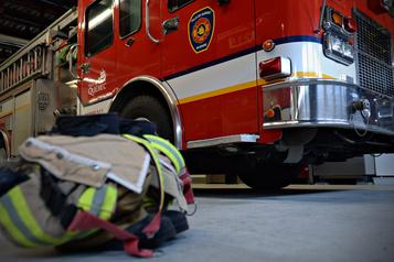 Deux arrestations en lien avec un incendie suspect à Québec )