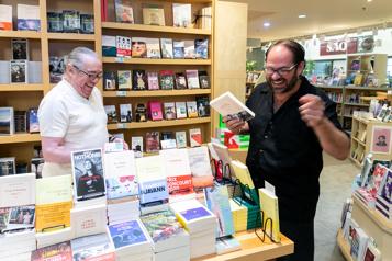 Fidèle à sa librairie depuis 35ans)