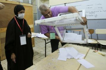 Élections législatives en Algérie Le parti au pouvoir l'emporte avec un taux d'abstention historique)