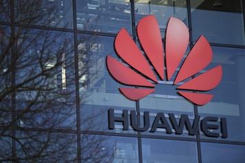 Huaweiet 5G: la décision britannique aiderait le Canada, selon un ex-diplomate