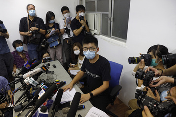Élections reportées à HongKong, nouveau coup dur pour les prodémocratie)