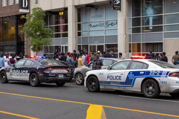 Montréal Une femme blessée par arme blanche dans un immeuble commercial