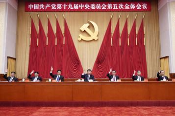 États-Unis Pékin dénonce des restrictions de voyage aux membres Parti communiste)