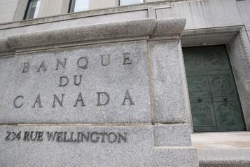 La Banque du Canada voit des signes d'amélioration )