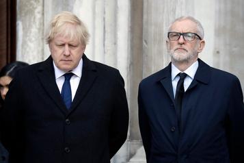 Ultime duel entre Boris Johnson et Jeremy Corbyn sur fond de Brexit