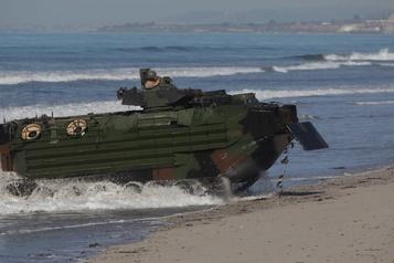 Un Marine tué, huit disparus lors d'un accident au large de la Californie)