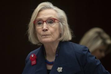 La ministre Carolyn Bennett s'excuse pour un texto «raciste et misogyne»)