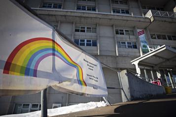 Enquête sur le CHSLD Sainte-Dorothée Une préparation centrée sur les hôpitaux)