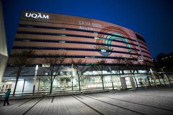 Couvre-feu L'UQAM limite les autorisations de circulation pour ses professeurs )