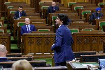 Le Parlement canadien reprend ses activités lundi)