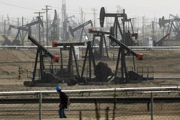 Le pétrole recule un peu à la fin d'une semaine marquée par les attaques en Arabie saoudite