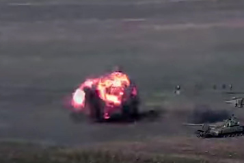 Combats meurtriers au Karabakh L'Azerbaïdjan et l'Arménie au bord de la guerre)