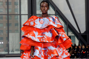 Carolina Herrera tout en couleurs à la Fashion Week