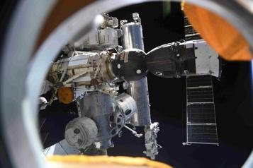 Station spatiale internationale  Déclenchement d'un détecteur de fumée dans le module russe)