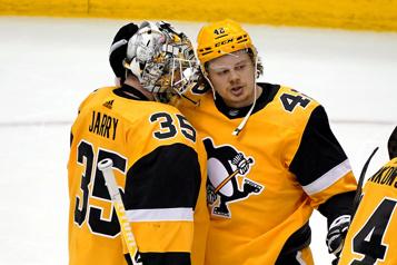 Les Penguins ont le dessus 5-1 sur les Devils )