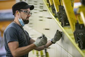 Secteur manufacturier La moitié des postes disponibles à un salaire de 20 à 29$ l'heure)