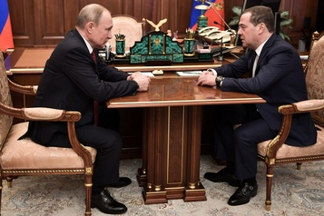 Le gouvernement russe démissionne