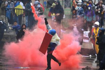 Colombie Le président sous pression en cette deuxième semaine de manifestations)