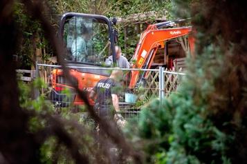 Affaire Maddie McCann: un jardin allemand passé au peigne fin)