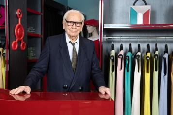 Le couturier français Pierre Cardin est mort)