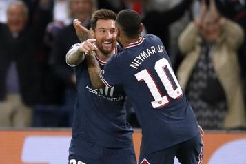 Lionel Messi inscrit son premier but avec le PSG)