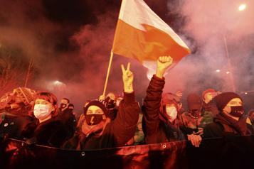 Union européenne Réformes judiciaires en Pologne: nouveau revers pour Varsovie )