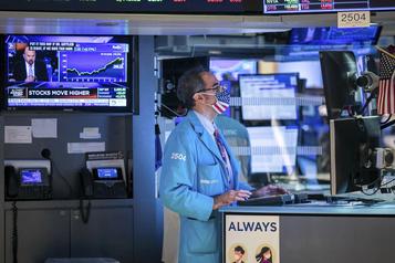 Le Dow Jones et le S&P 500 à des records après l'annonce de Moderna)