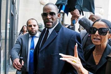 Le chanteur R.Kelly reconnu coupable de crimes sexuels)