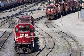 Travaux sur le rails du Canadien Pacifique: la CSN en demande la suspension à la CCQ)