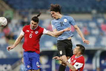 Copa América Le Chili qualifié pour les quarts après son nul1-1 contre l'Uruguay)