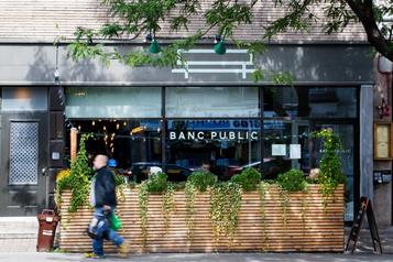 Banc public: méli-mélo dansl'assiette