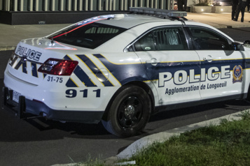 Agression armée Opération policière à Longueuil)